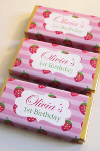 Personalised Chocolate Bar Favours - Strawberry Design