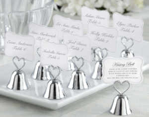 kissing bell favours